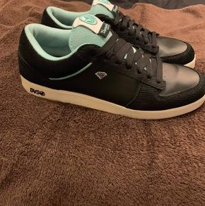 Dvs/diamond supply shoes